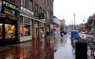 Rainy day Harvard Square.