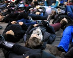 Photographing the Die-In