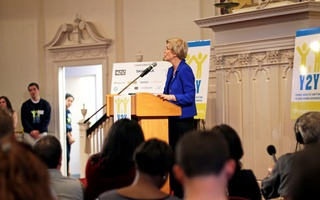 Elizabeth Warren at Y2Y Opening