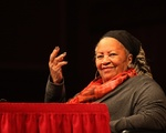Toni Morrison Delivers the First of Her 2016 Norton Lectures